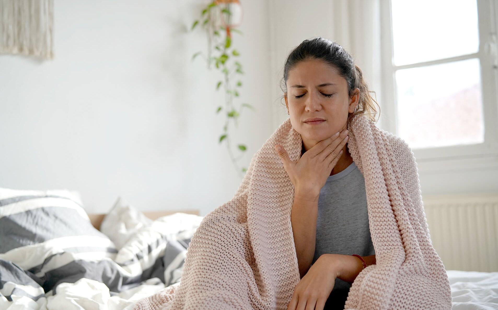 Боль в горле: топ-5 способов помочь себе