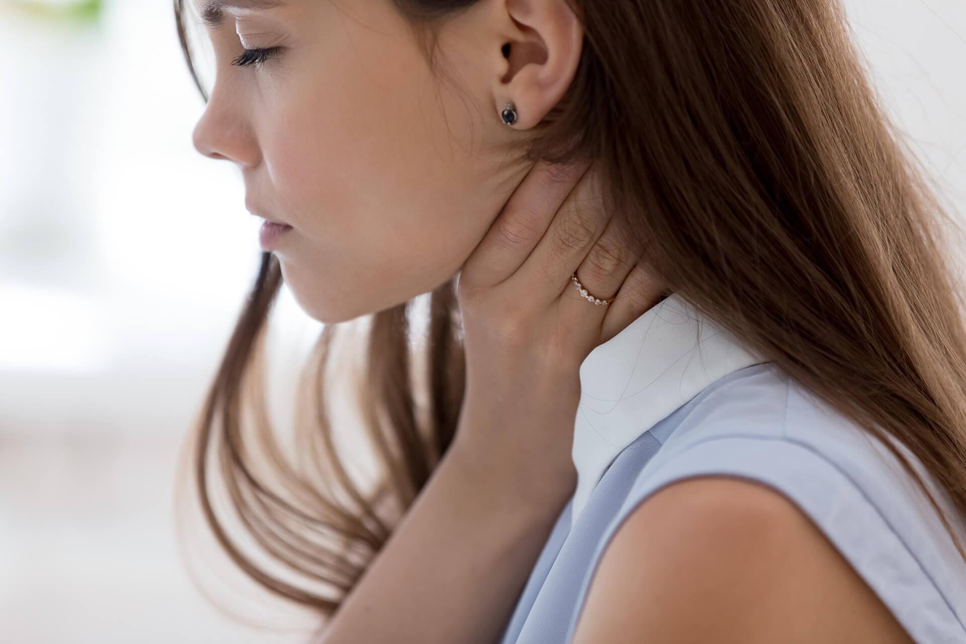 Всё, что нужно знать о симптомах и лечении тонзиллита